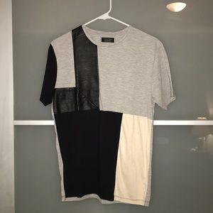 Lightly Used Men's Zara Short Sleeve Medium Tee